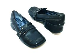 Clark's Indigo black casual loafers!