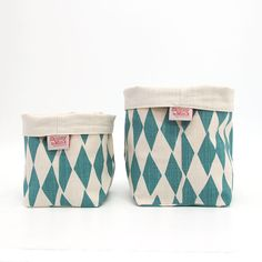 Soft Buckets by Skinny laMinx are a fun way to add some colour to your potted plant collection. Featured is 'Rough Diamonds' from the Rough Cuts collection. Rough Diamond, Rough Cut, Pattern Paper, Knitting Projects, Paper Cutting, Sunnies, Bucket Bag, Things To Come, Pairs