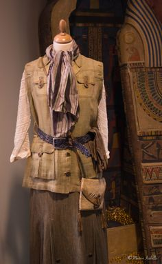 adele blanc sec costume sketches Steampunk Costume, Steampunk Fashion, Safari Costume Women, Adele, Louise Bourgoin, Vintage Safari, Safari Chic, Vintage Style Dresses, African Safari