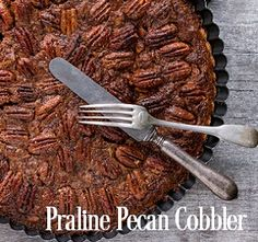PRALINE PECAN COBBLER Fragrance Oil Type - Indulge in warm caramel cobbler with the sweet crunch of pecan nuts & sparkling cinnamon sugar. Top Notes of Coconut, Anise Seeds, Cocoa Powder. Middle Notes of caramel, Roasted Pecan, Maple. Bottom notes of Vanilla, Musk, Praline Sugar. Excellent in soy and safe for bath and body ET Vanillin - 6.9% Vanillin Content - 5.1% 200 Degree FP PHTHALATE FREE Vegan Friendly