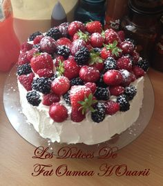 Makrout Fait avec Maamoull ( Empreinte Emporte piece ) - Les Delices De FatOumaa HOuariii : Carnet de Recettes Chinese Food, Biscuits, Raspberry, Cheesecake, Meals, Sweet, Recipes, Moroccan, Muffins
