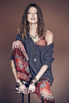 Free people, boho, indie, sweater, winter, fall, spring, pattern, necklace, hippie, music festival, gypsy, style, fashion