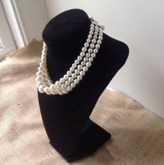 VINTAGE CLASSIC  FAUX PEARL CHOKER NECKLACE  #Choker