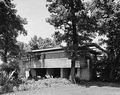 FLW,  Lloyd Lewis House - 1939