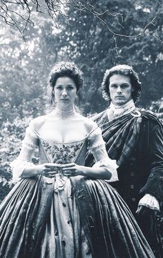 Jamie and Claire epi 7 The Wedding.