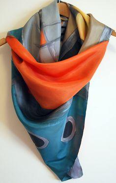 Pañuelo de seda pintado a mano-Pañuelo de seda cuadrado-Pañuelo de seda  diferente a5fe02fa6fa