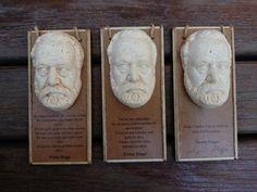 MiniBüst Edebiyatçılar Serisi  Mini tablo ve magnet olarak tasarlanmıştır  Victor Hugo  Sipariş için 05072527536 veya 05057792027 arayabilirsiniz  İnternet satış adresi  https://www.zet.com/tasarimci/yuttsanat  #minibüst #art #heykel #yuttsanatatölyesi #yuttsanat #edebiyat #hediyelik #hediye #heykel #yaseminyılmazbezci #sanat #sculpture #thesculpture #yuttsanattasarım #tasarım #büst #sculptor #heykeltraş #franzkafka #kalemlik #organveli #nazımhikmetran #nazım #şiir #poem #victorhugo