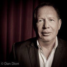 Portrait of comic Garry Shandling by photographer Dan Dion.