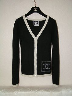 Lovely authentic CHANEL classic long sleeve  cardigan sweater