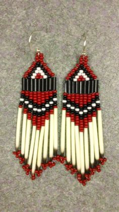NATIVE AMERICAN STYLE RED,WHITE,BLACK BEADED PORCUPINE QUILL EARRINGS Seed Bead Jewelry, Seed Bead Earrings, Fringe Earrings, Beaded Earrings, Earrings Handmade, Native American Earrings, Native American Beadwork, Brick Stitch Earrings, Nativity Crafts
