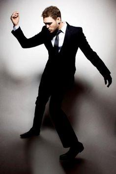 Michael Buble- We get to sing 'Haven't Met You Yet' in Jazz choir! Divas, Indie, Sing To Me, Attractive Men, Pretty People, Music Artists, My Music, Music Life, Beautiful Men
