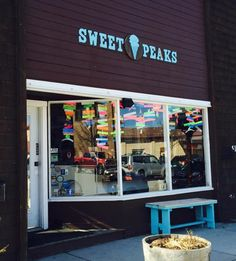 Sweet Peaks Ice Cream Whitefish, MT. www.adventuringbeyond.com