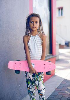 check her out! Tween Fashion, Toddler Fashion, Surf Fashion, Surfer Kids, Skate Girl, Special Kids, Beach Kids, Kids Prints, Beautiful Children