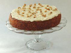 Mrkvový koláč by Jamie Oliver Jamie Oliver, Sweet Recipes, Cheesecake, Pie, Pudding, Food, Posts, Pies, Torte