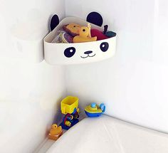 Suction mounted bath toy storage corner caddy