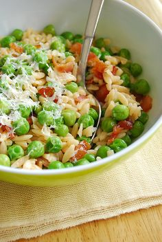 Orzo, bacon, peas and cheese - yum!