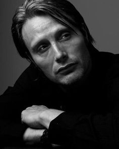 "183 curtidas, 6 comentários - SoftnLowJazzClassicalBossaNova (@bizzievee) no Instagram: ""Mads Mikkelsen Photo Session By Kenneth Willardt Photography. #MadsMikkelsen #PhotoSession…"""