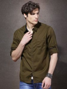 10 Summer Fashion Essentials(Get Ready to Beat the Heat) - Ferri Style Tips Beat The Heat, Summer Fashion Trends, Fashion Essentials, Tips, Mens Tops, T Shirt, Style, Tee, Tee Shirt