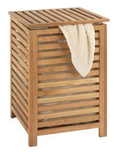 Viel Platz für Schmutzwäsche bietet die Wäschetruhe aus der Serie NORWAY. Mit der herausnehmbaren, waschbaren Baumwolltasche (80% Baumwolle, 20% Polyester) lässt sich die Wäsche einfach transportieren. Die hochwertig verarbeitete Wäschetruhe aus massivem Walnussholz mit Verzapfung (kein Furnier) ist veredelt mit natürlichem Eichenöl. Gesehen für € 55,- bei kloundco.de.