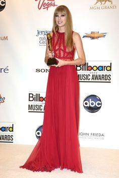 Taylor Swift Photo - 2012 Billboard Music Awards - Press Room #taylor #swift #elegant #girly #fashion #cute #beautiful