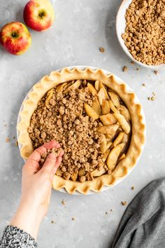 Dutch apple pie made with perfectly spiced apple pie filling then topped with a traditional dutch apple crumb topping that gets golden & crunchy when baked. Crumb Top Apple Pie Recipe, Apple Pie Recipes, Cake Recipes, Dutch Apple, Homemade Apple Pies, Caramel Flavoring, Crumble Topping, Love Eat, Golden Brown