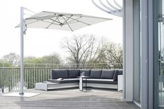 SUNSHADE Lounge and RIVA Lounge & Sidetable