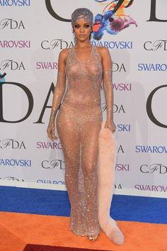 Rihanna Biography, Net Worth
