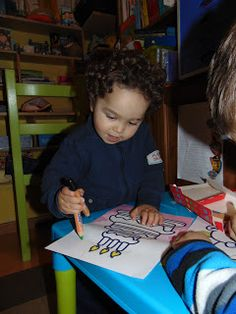 Piscosidades: Primeiros lápis de pintar do Miguel!