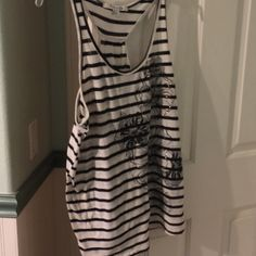 Forever 21 Stripped Flower Tank Top Very cute tank top. Worn only a few times. Forever 21 Tops Tank Tops