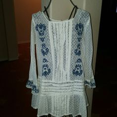1 DAY SALE*JUST IN *FREE PEOPLE EMBROIDERED TUNIC Beautiful, gently worn embroidered tunic from free people perfect for throwing over with some jeans and ankle boots to complete a boho look. Top is in excellent condition with no stains, rips or holes. The size is an xs but can easily fit up to a medium because of the flowiness to it. Make this beauty yours! Open to ALL offers Free People Tops Tunics