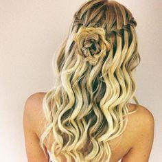 Beautiful #bridesmaid #hair from #braidelybraid