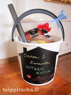 Tupaantuliaislahja heille joilla on jo kaikkea. Washi, Bucket, Gifts, House Warming, Choices, Ideas, Presents, Favors, Buckets