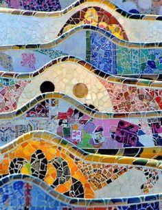 Gaudi-Wall
