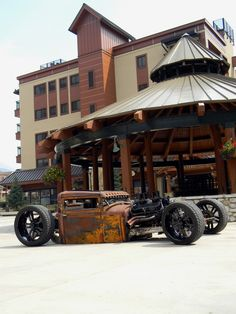 Mike Partyka's One-of-a-Kind Rat Rod Breaking Down Barriers | RodAuthority