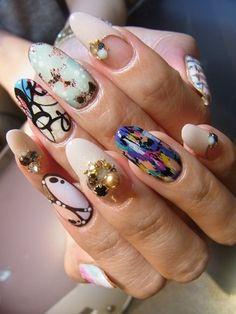 Nail design collection blog of gel nail salon Mani Closet presided over Nozomi Tsutsui of Shinsaibashi!