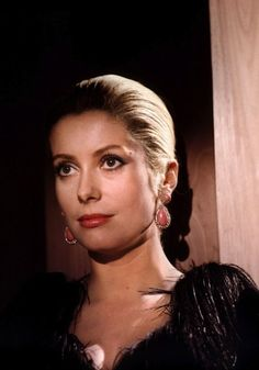 photo 10*15cm 4x6 INCH CATHERINE DENEUVE | eBay