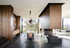 Interior aspect of the Oak Pass House in Beverly Hills, California, USA by Walker Workshop