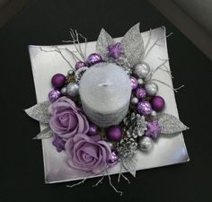 Vánoční svícínek - fialovostříbrný / Zboží prodejce jircice | Fler.cz Christmas Advent Wreath, Christmas Candle Decorations, Christmas Swags, Xmas Wreaths, Noel Christmas, Christmas Candles, Art Floral Noel, Purple Christmas, Holiday Crafts