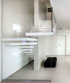 Interior:Float Staircase With White Interior Living Room With White Sofas And Black Armless Also Red End Table Also Painting Also Mirror Also White Wall And Marble Floor Its Charming Living Room Exciting and Modern Staircase Design Ideas for Living Room Marble Staircase, Staircase Design, Modular Staircase, Floating Staircase, Staircase Ideas, Interior Stairs, Interior Architecture, Modern Interior, Escalier Design