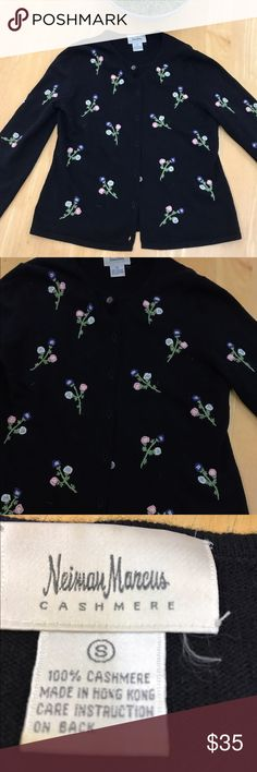 Cashmere sweater Selling a beautiful cashmere sweater with dainty flowers from neiman Marcus. Only worn once. Size small. Perfect for the upcoming holidays and cold weather. Neiman Marcus Sweaters Cardigans