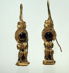 Gold earrings, Greece, ca 2nd century B.C.