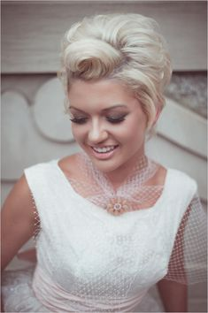 short vintage wedding hair