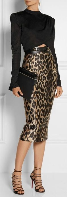 Balmain: cropped top and leopard skirt Animal Print Outfits, Animal Print Fashion, Fashion Prints, Animal Prints, Mode Outfits, Fashion Outfits, Womens Fashion, Skirt Outfits, Ladies Fashion