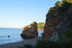plaja roca del illo à Begur Parc Guell, Road Trip, Photos, Water, Outdoor, Sagrada Familia, El Dorado, Rocks, Barcelona