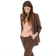 Pimkie.fr : Une veste à l'imprimé vintage à mixer au pantalon assorti en total look.
