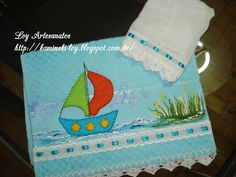 LOY HANDCRAFTS, TOWELS EMBROYDERED WITH SATIN RIBBON ROSES: Conjunto para Menino em Patch Aplique.