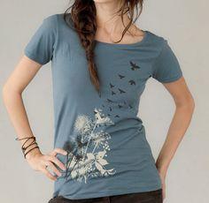 Women's tshirt Dandelions Birds in Flight por banyantreeclothing, $25.00