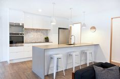 KITCHEN INSPO: Caesarstone Sleek Concrete Benchtop in 20mm with waterfall