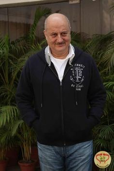 New Yorkers have fun at Anupam Kher's laughter therapy session Dev Patel, Anupam Kher, Laughter Therapy, Bollywood Actors, In Hollywood, Mumbai, Hooded Jacket, Celebs, Prime Minister
