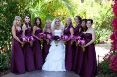 wedding-purple-bridesmaids